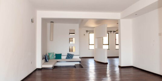 3 Bedroom Penthouse Apartment in Kileleshwa